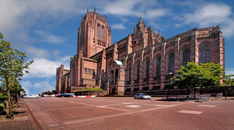 Liverpool History & Leisure Tour Holiday