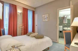 Lyon Bastile Hotel - Paris & Barcelona City Break